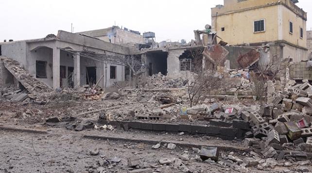 Rus savaş uçakları İdlibe saldırı düzenledi: 26 ölü