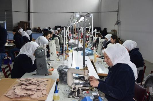 Kırıkkalede tekstil fabrikası açıldı
