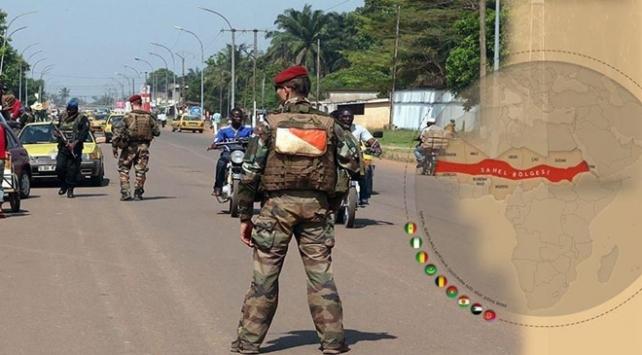 Fransa Batı Afrika'daki askeri operasyonlarını artıracak