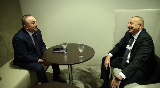 Bakan Çavuşoğlu, Davosta ikili görüşmeler gerçekleştirdi