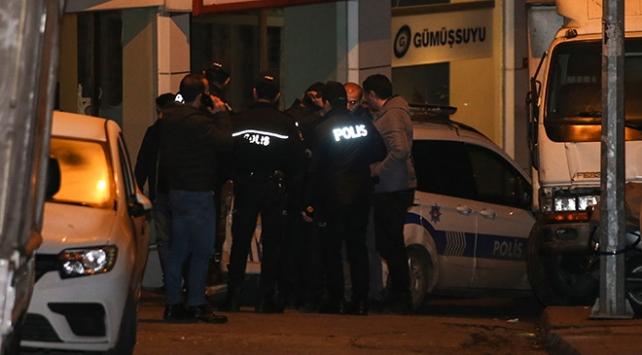 İstanbulda silahlı çatışma: 2 yaralı