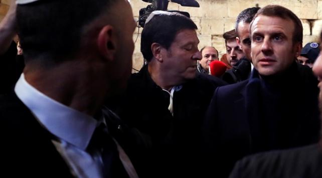 Macron İsrail polisini kiliseden kovdu