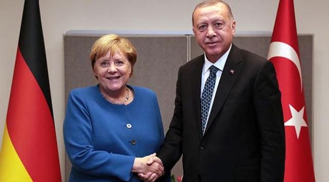 Almanya Başbakanı Merkel yarın Türkiyeye geliyor