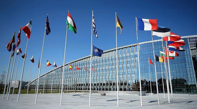 NATOdan Irak güçlerini eğitmeye devam açıklaması