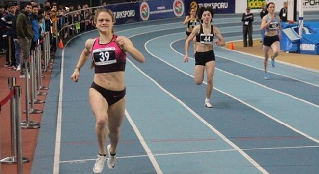 Milli atlet Simay Özçiftçiden 300 metre rekoru