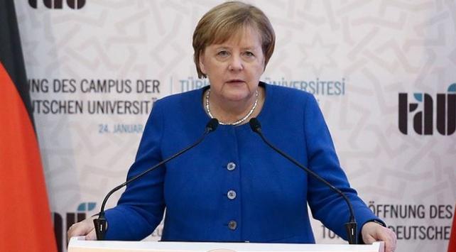 Merkel: Türk-Alman Üniversitesi ortaklığımızı simgelemektedir
