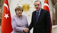 Cumhurbaşkanı Erdoğan-Merkel görüşmesi başladı