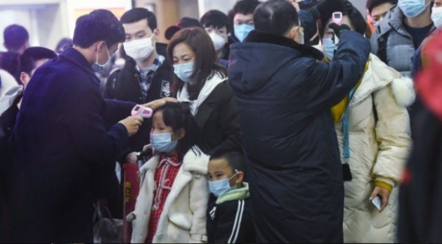 Çin'e komşu ülkeler koronavirüs salgınına karşı alarma geçti