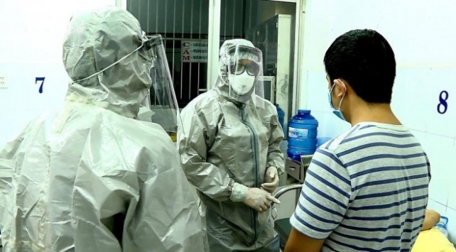 Çinli 8 turist, koronavirüs şüphesiyle Malezyada karantinaya alındı