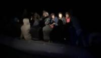 İzmir'de 2 lastik botta 84 düzensiz göçmen yakalandı
