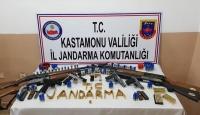 Kastamonu'da silah kaçakçılığı: 5 şüpheli yakalandı