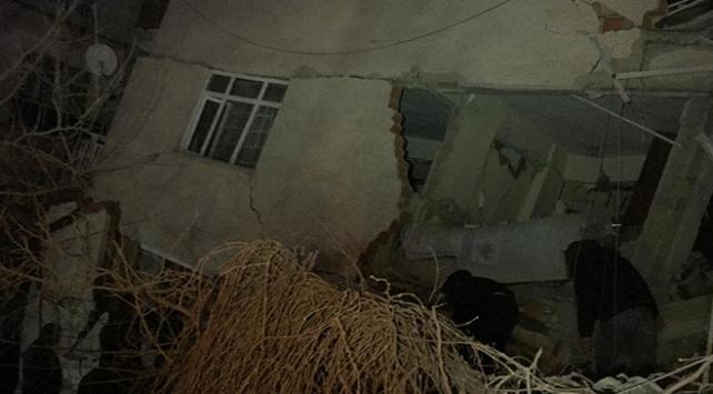 3 ilden kurtarma ekipleri, deprem nedeniyle Elazığa gönderildi