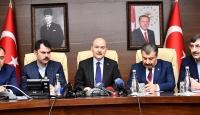 Üç bakandan Elazığ'da ortak açıklama: Depremzedelere nakdi yardım yapılacak