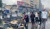 Iraklı göstericilerin Tahrir Meydanı'ndaki çadırları yakıldı
