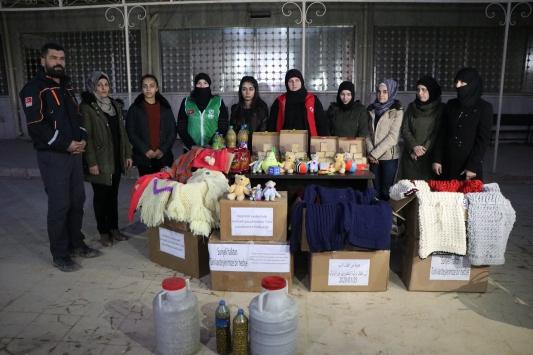 Afrinli kadınlardan Elazığdaki deprem bölgesine yardım