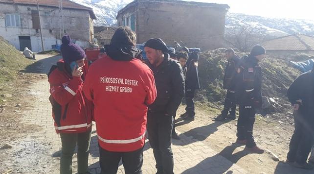 Psikososyal destek ekipleri depremzedelere hizmet vermeye başladı