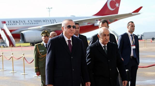 Cumhurbaşkanı Recep Tayyip Erdoğan Cezayire geldi