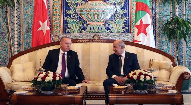 Türkiye ve Cezayir Libyada beraber hareket etmek için anlaştı