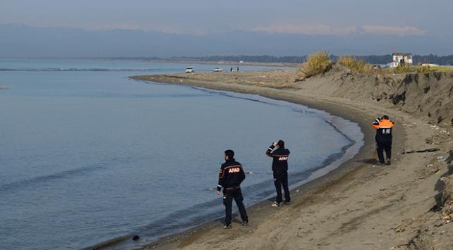 Denizde kaybolan bekçiyi arama çalışmaları sürüyor