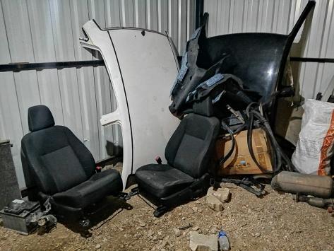 Hatayda hacizli araçları parçalayıp sattıkları iddiasıyla 3 şüpheli yakalandı