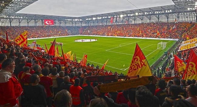Göztepe yeni stadını galibiyetle taçlandırdı
