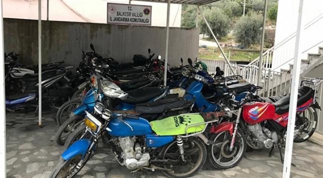 Balıkesirde çalıntı motosiklet operasyonu: 5 gözaltı