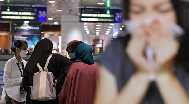 Malezya da Çinden ziyaretleri geçici süreliğine durdurdu