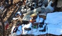 Diyarbakır'da terör örgütüne ait 5 sığınak imha edildi