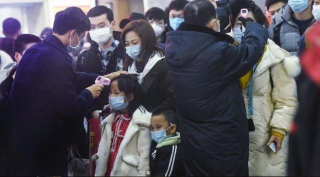 Hong Kong yönetimi Çine seyahatlere kısıtlama getirdi