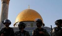 İsrail polisi, Filistinli kadınları Mescid-i Aksa'da gözaltına aldı