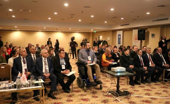 """İzmirde """"İç Güvenlik Sektörünün Sivil Gözetiminin Güçlendirilmesi Projesi"""" toplantısı yapıldı"""