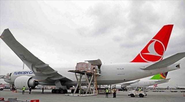 THY, deprem bölgesine gönderilen yardımları ücretsiz taşıyor