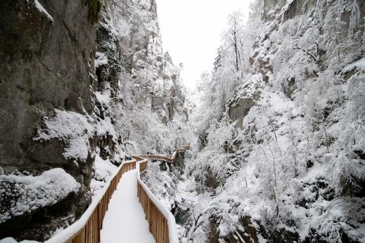 Kastamonudaki Horma Kanyonu kar altında doyumsuz manzaralar sunuyor