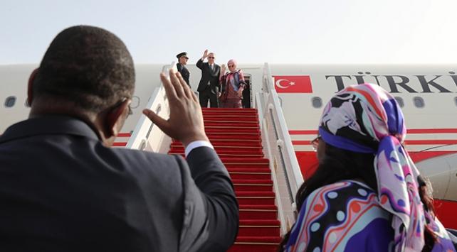 Cumhurbaşkanı Erdoğan Dakar'dan ayrıldı
