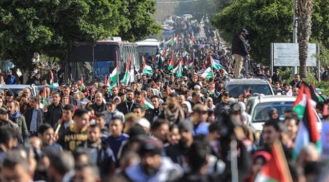 Filistinli gruplar Gazzede toplanacak