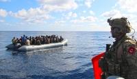 TCG GAZİANTEP fırkateyninde görevli ekip düzensiz göçmenlere yardım etti