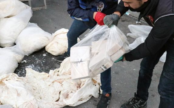 Erzincanda ele geçirilen 1 ton 271 kilogram eroinin sanıkları hakim karşısına çıkacak