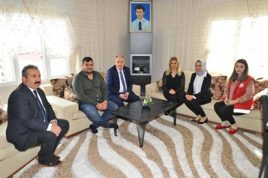 Osmaniye Valisi Coşkundan şehit ailesi ve gazi ziyaretleri