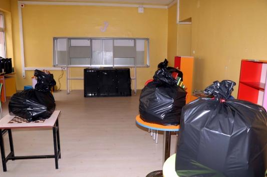 Çankırıda depreme dayanıksız okul binası boşaltılıyor