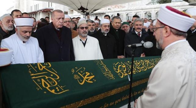 Cumhurbaşkanı Erdoğan Ahmet Vanlıoğlunun cenazesine katıldı
