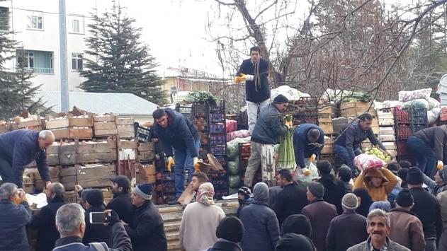 Baskilde depremzedelere yardım dağıtıldı
