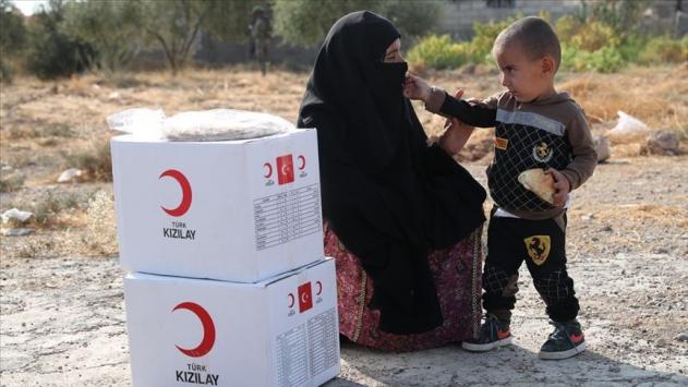 Yemendeki yetim çocuklara Türk Kızılaydan yardım eli