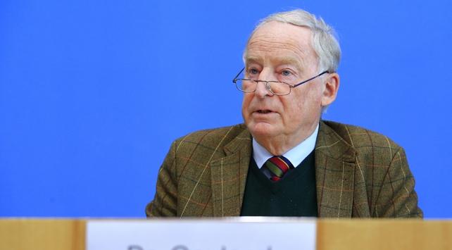 Almanyada aşırı sağcı milletvekilinin dokunulmazlığı kaldırıldı