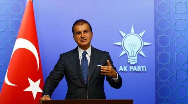 AK Parti Sözcüsü Çelik: Zehirli kafalar yaptıkları saygısızlıkla bayrağımıza zarar veremez