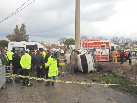 İzmirde meydana gelen trafik kazasında bir kişi öldü