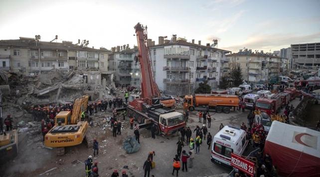 Depremde yıkılan binalara ilişkin soruşturma başlatıldı