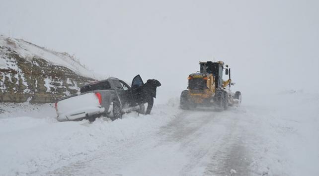 Karla mücadele ekipleri diyaliz hastası için seferber oldu