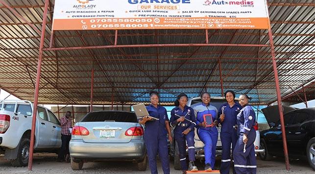 Nijeryada kadın oto tamircisi 30 kadına istihdam sağladı