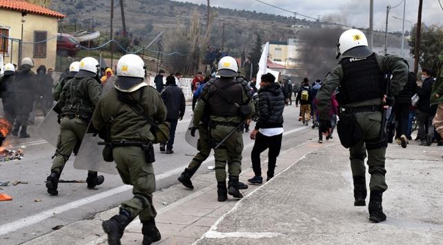 BMden Yunanistana çağrı: Adalardaki göçmenleri ana karaya taşıyın