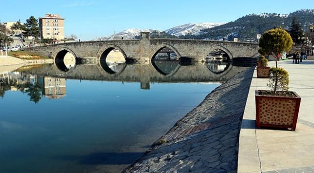 Selçuklu sultanının 3 oğlunu barıştırmak için yapılan köprü